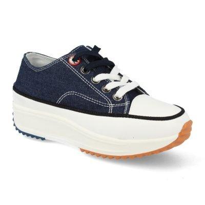 Almacén de Zapatos y Zapatillas